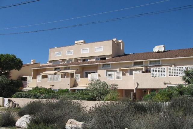 Locationvacance Appartement 1 Pieces De 22 M2 83400 Les